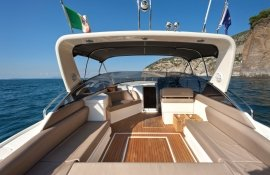 Sorrento Luxury Boat to rent