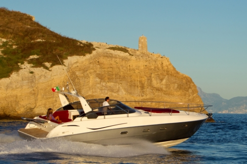 Rent a Yacht in Sorrento